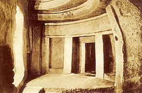 Ħal Saflieni Prehistoric Hypogeum Photo by Richard Ellis before 1910