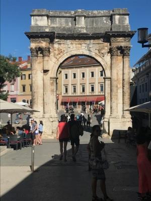 Triumphal Sergi Arch