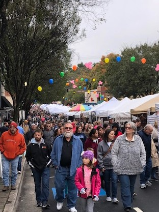 Throngs on Main Street